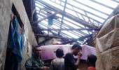 Sebuah Rumah Rusak Di Padarincang Akibat Angin Kencang Di Sertai Hujan Deras