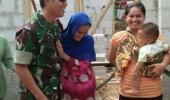 Tangis Haru, Warga Jawilan Saat Dapat Kunjungan Dari Dandim 0602/Serang