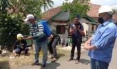 PWI Lebak Bersama Yayasan Mengetuk Pintu Langit, Melakukan Penyemprotan Disinfektan ke Desa Sukamanah