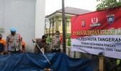 Kapolresta Tangerang Bagikan Lele ke PHL, Hasil Dari Panen Ikan Pemanfaatan Lahan