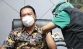 Sekda Provinsi Banten Terima Vaksinasi Covid-19 Kedua