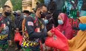 Wadanjen Kopassus Membuka Kegiatan Bhakti Sosial Dan Komando Trail Adventure Dalam Rangka HUT Ke-69 Kopassus Di Grup 1 Kopassus