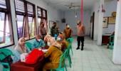 Polsek Serang Bersama PPKM Micro Awasi Vaksinasi Lansia